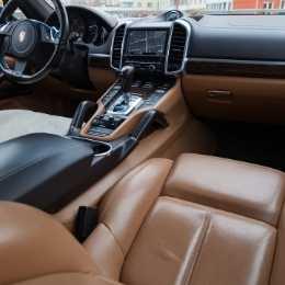 Porsche Service Brisbane - Interior